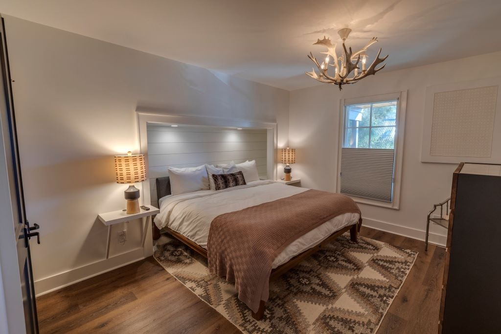 Ravenel bed 1a