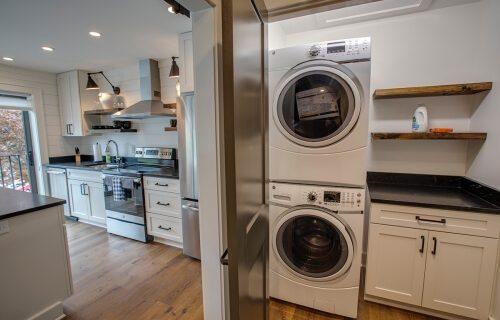 Ravenel - Laundry